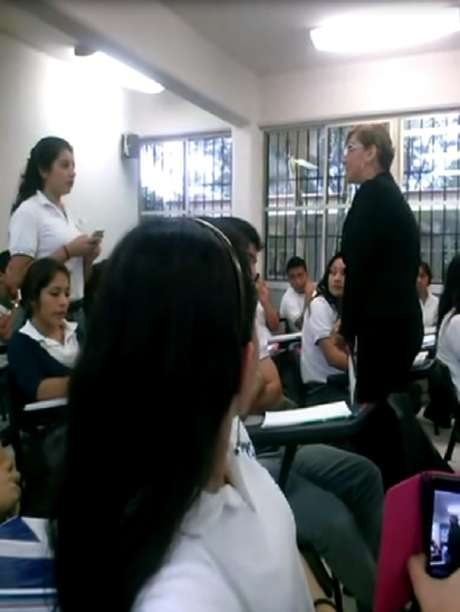 El video ha despertado un fuerte debate sobre el ciber-bullying yla actitud que tomó la profesora para defender su imagen. Foto: Tomada de Youtube