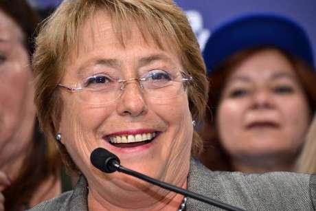 Bacheltet está en plena campaña por volver a La Moneda. Foto: UPI