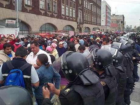 Los comerciantes en la zona reiteraron que no tienen la intención de deshacer el movimiento, pero si exigen que este sea reubicado. Foto: Antonio Baranda / Reforma