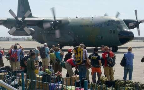 Más personal médico y expertos en catástrofes aterrizaron este domingo en Vietnam y otras ciudades de Filipinas, Foto: Getty Images