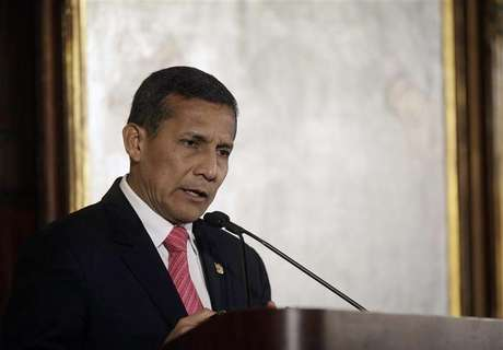 Humala lamentó la muerta de Nelson Mandela mediante su cuenta de Twitter. Foto: Joshua Lott / Reuters