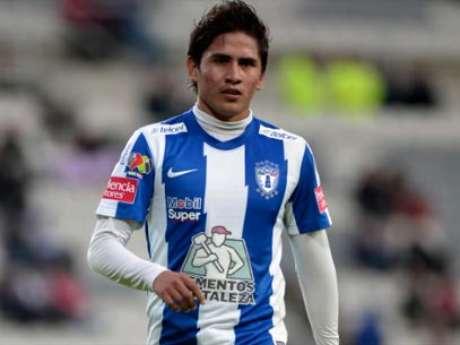 Julio Gómez could have more minutes with Chivas. Foto: Mexsport