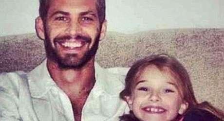 La hija del actor publicó esta fotografía en donde aparece junto asu padre Foto: divulgación/ ideal.es