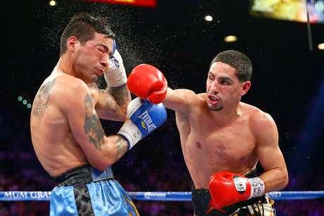 Danny García (derecha) peleará por primera vez en Puerto Rico. Foto: Al Bello / Getty Images