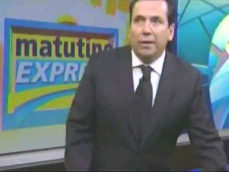 Aunque el conductor del programa intentó calmar a su audiencia, la fuerza del temblor hizo que se incrementara la preocupación en el estudio de televisión. Foto: Reproducción