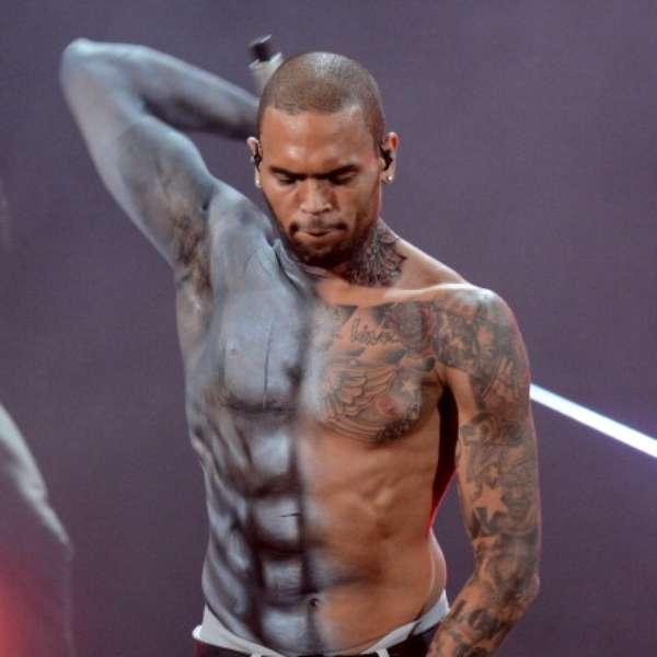 Chris Brown Shirtless 2012 Chris Brown goe...
