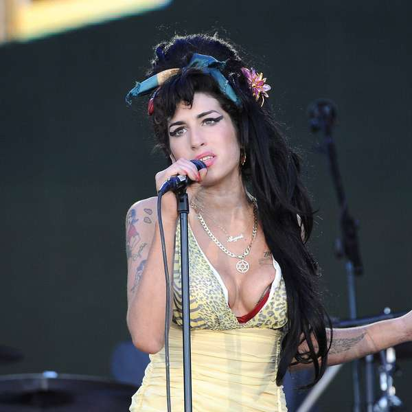 Amy Winehouse: Accidental alcohol poisoning death confirmed Amy Winehouse Death