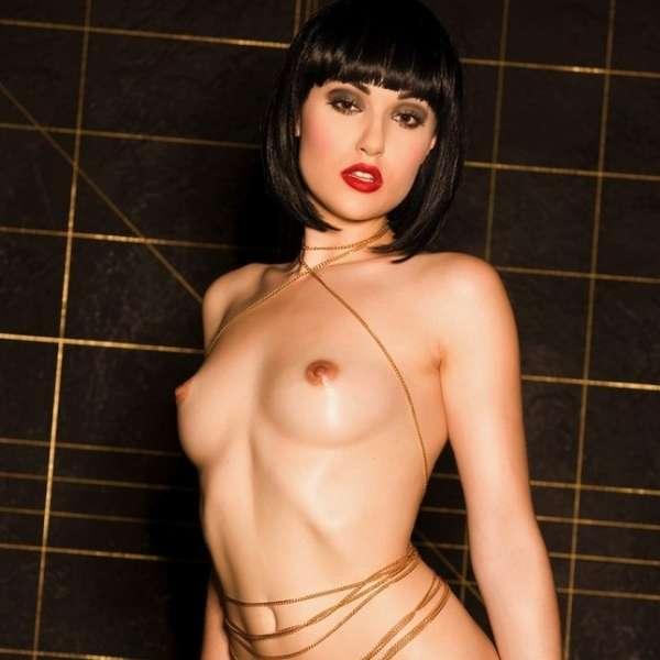 фото порно актрисы саши фокс