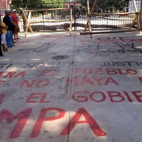 Protestan en cuartel militar en Guerrero - Terra México