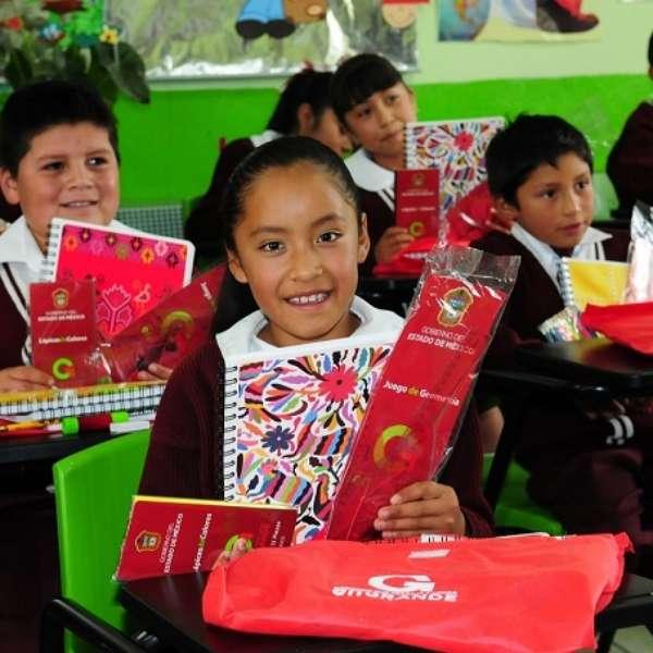 Edomex publica convocatoria para el ciclo escolar 2015-16 - Terra México
