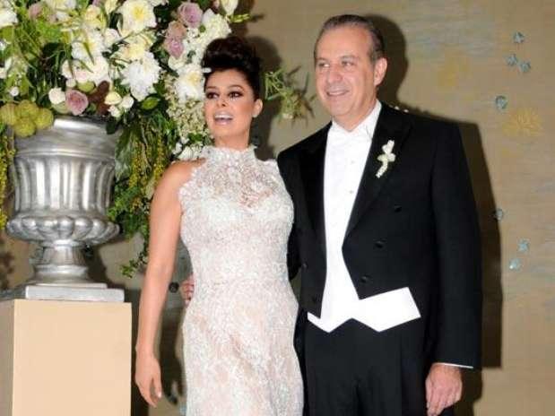 Anulacion Matrimonio Catolico Barranquilla : Yadhira carrillo cumple su sueño de boda con juan collado