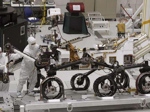 http://p1.trrsf.com/image/fget/cf/67/51/images.terra.com/2012/08/13/curiosity1.jpg