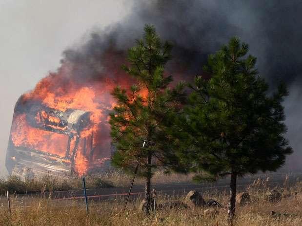 http://p1.trrsf.com/image/fget/cf/67/51/images.terra.com/2012/08/15/wildfires001.jpg