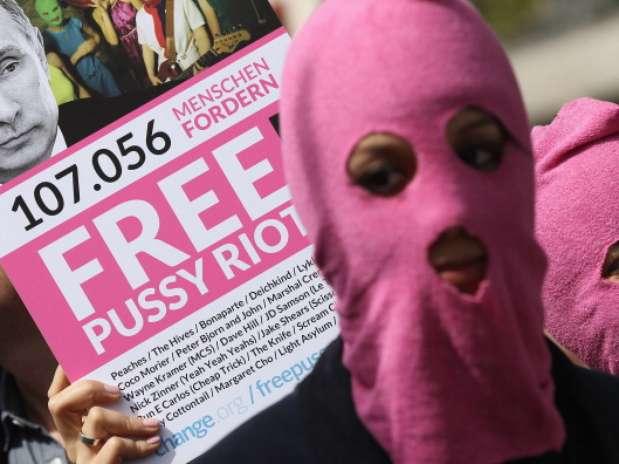 http://p1.trrsf.com/image/fget/cf/67/51/images.terra.com/2012/08/17/pussy-protestas.jpg