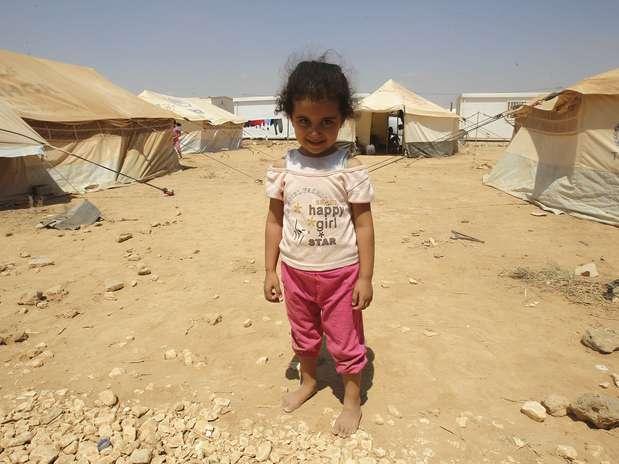 http://p1.trrsf.com/image/fget/cf/67/51/images.terra.com/2012/08/30/reuters-refugiados-syria-01.JPG