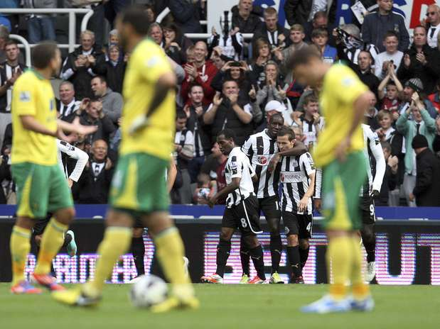http://p1.trrsf.com/image/fget/cf/67/51/images.terra.com/2012/09/24/apdemba-banewcastle1-0norwich.jpg