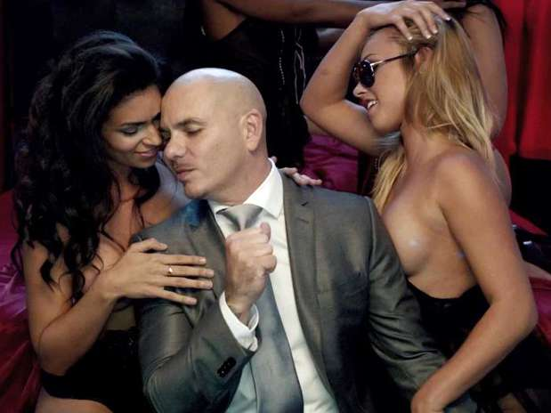 http://p1.trrsf.com/image/fget/cf/67/51/images.terra.com/2012/10/29/pitbull-dont-stop-the-party10.jpg