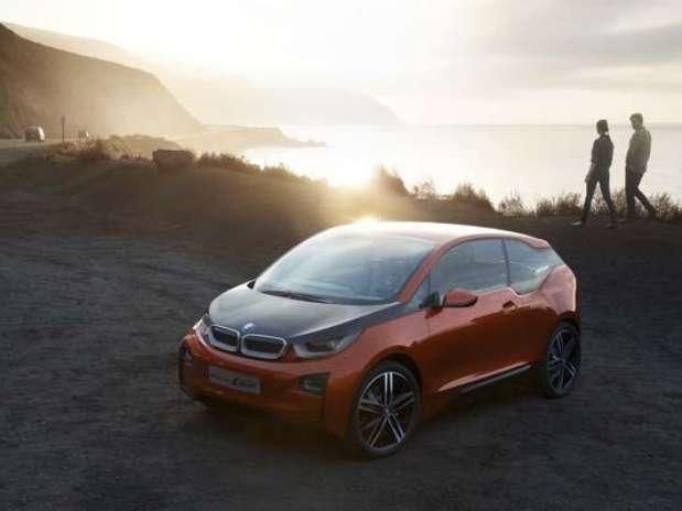 http://p1.trrsf.com/image/fget/cf/67/51/images.terra.com/2012/11/28/3272e4a8-Foto-BMW-i3-Concept-Coupe-609p.jpg