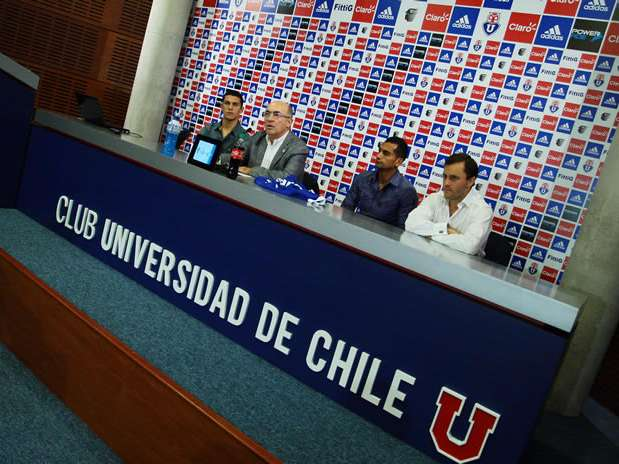 http://p1.trrsf.com/image/fget/cf/67/51/images.terra.com/2012/12/14/presentacion-nuevos-refuerzos-universidad-de-chile01.jpg