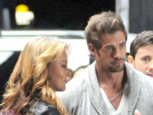 http://p1.trrsf.com/image/fget/cf/67/51/images.terra.com/2013/01/10/886cd490-william-levy-angelique-boyer-400-400p.jpg