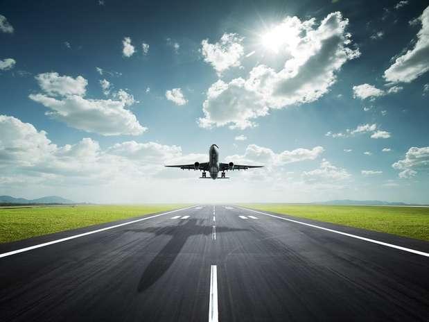 http://p1.trrsf.com/image/fget/cf/67/51/images.terra.com/2013/01/16/0-aviones-mexico-top.jpg