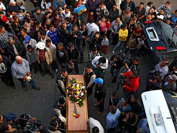 http://p1.trrsf.com/image/fget/cf/67/51/images.terra.com/2013/02/11/mil-cambio-drogas-2.jpg