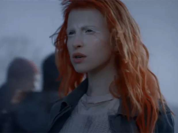Paramore go to war in 'Now' music video - Terra USA