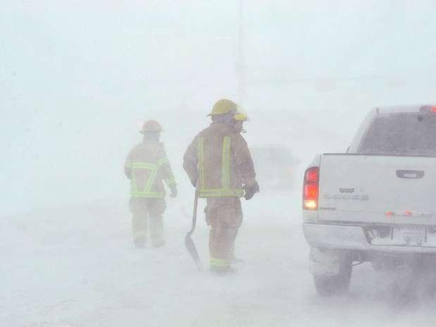 http://p1.trrsf.com/image/fget/cf/67/51/images.terra.com/2013/02/25/tormenta-planicies-12.jpg