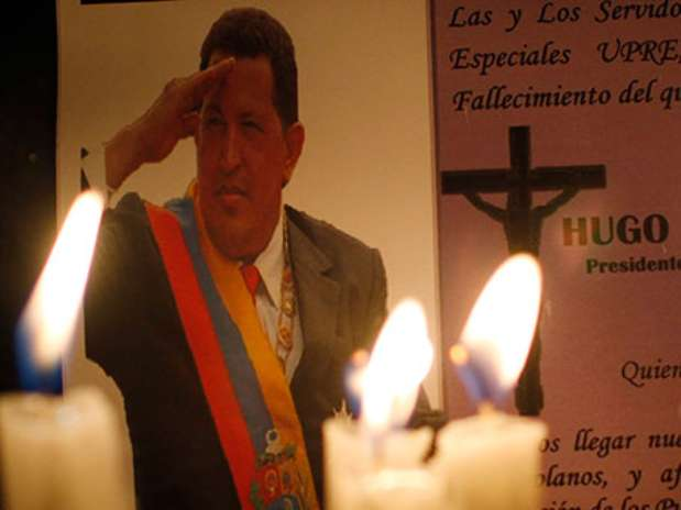http://p1.trrsf.com/image/fget/cf/67/51/images.terra.com/2013/03/06/chavez-que-pasara-1.jpg