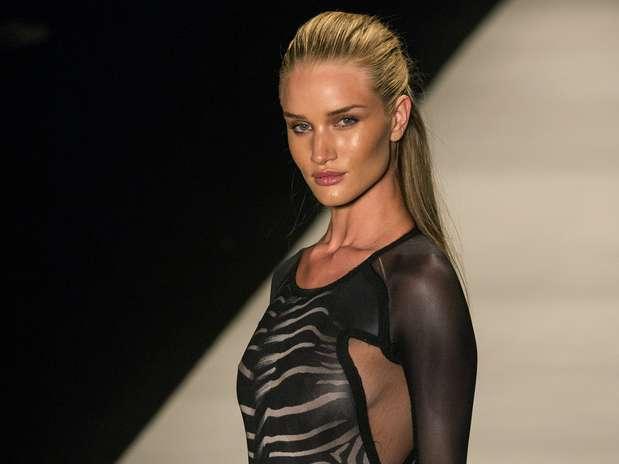 La modelo inglesa Rosie Huntington-Whiteley fue la estrella de Animale en la edición 2012 Foto: AFP