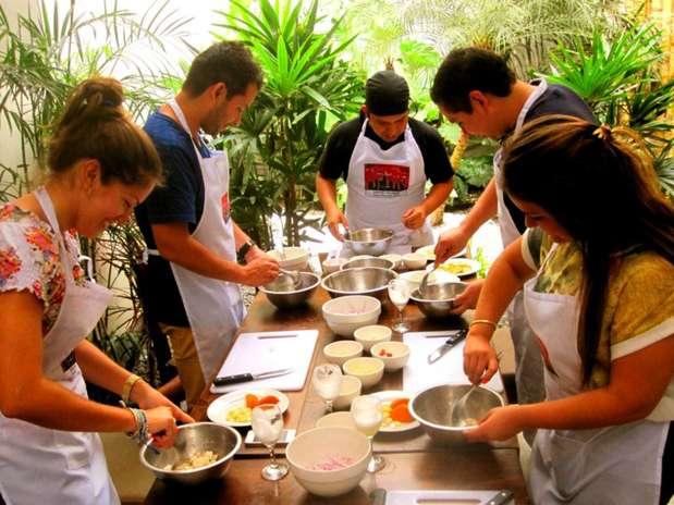 Cocinar Con Amigos   Tours Culinario Lima Colonial Y Moderna
