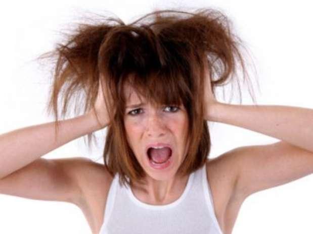 Las máscaras para los cabellos de la caída de los cabello a los cabellos sucios