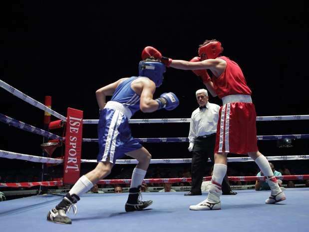 http://p1.trrsf.com/image/fget/cf/67/51/images.terra.com/2013/08/11/pelea-03-01.JPG