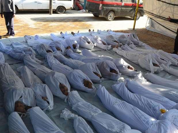 http://p1.trrsf.com/image/fget/cf/67/51/images.terra.com/2013/08/21/2013-08-21t070228z1613947908gm1e98l15od01rtrmadp3syria-crisis-gas.JPG