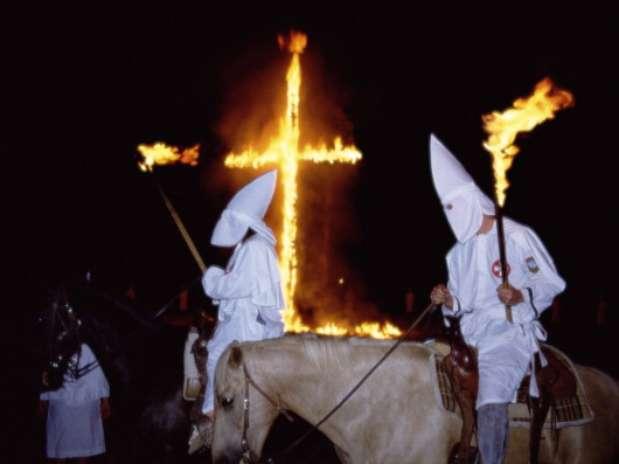 Un Misterio Vigente: Misterios Y Ritos Siguen Vigentes En El Ku Klux Klan
