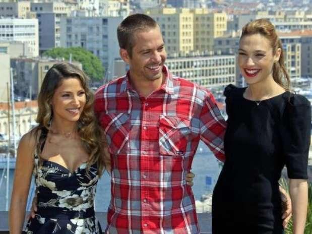 Elsa Pataky, Paul Walker y Gal Gadot posan en la premiere de 'Fast and