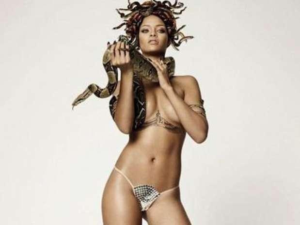 Rihanna No Solo Pos Desnuda Para Una Revista Tambi N Parti