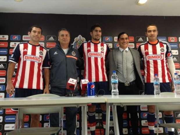 Chivas presenta a sus refuerzos Foto: Cortesía Club Chivas