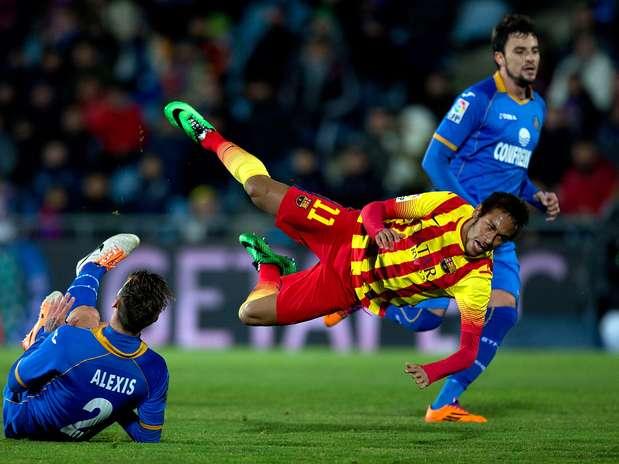 Neymar, con esguince de tobillo, se perderá el partido ante el Elche