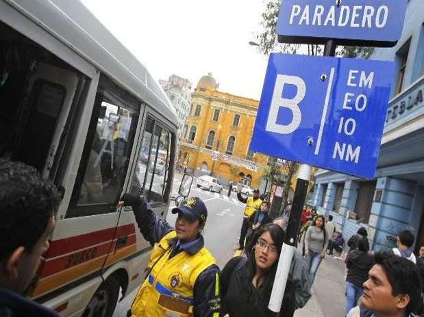 5 mil buses de alta capacidad, desplazarán a las casi 15 mil unidades que actualemnete recorren las pistas. Foto: Andina