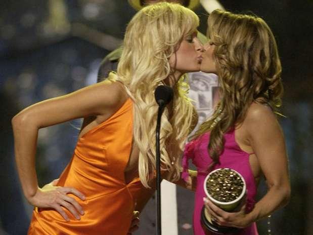foto beso lesbicos: