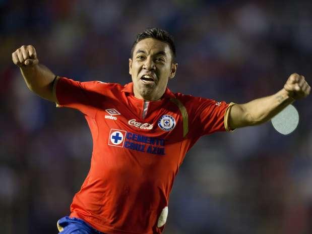 Marco Fabián quien ahora tiene un buen torneo con el Cruz Azul. Foto: Mexsport