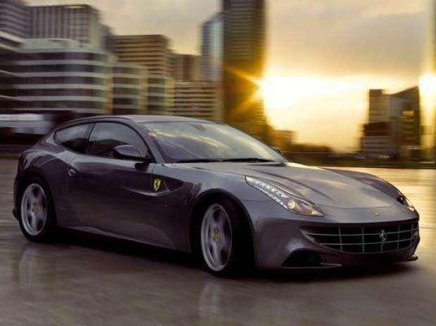 http://p1.trrsf.com/image/fget/cf/67/51/images.terra.com/2011/01/21/999b55f8-Foto-Ferrari-FF-634p.jpg