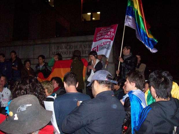 http://p1.trrsf.com/image/fget/cf/67/51/images.terra.com/2011/07/27/lgtb_gay_homosexuales_millan_120110727020348.jpg