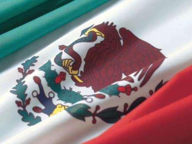 La bandera mexicana, junto con el himno y el escudo nacionales, esuno de los símbolos patrios. Foto: Getty Images