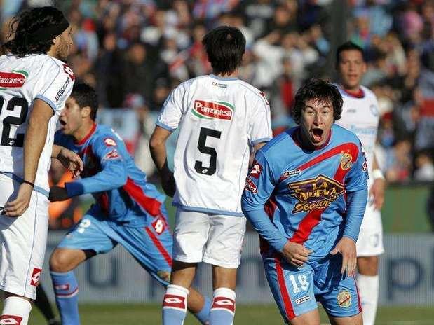http://p1.trrsf.com/image/fget/cf/67/51/images.terra.com/2012/06/24/Arsenal_120120624083706.jpg