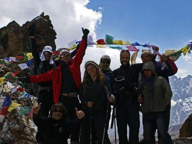 http://p1.trrsf.com/image/fget/cf/67/51/images.terra.com/2012/07/10/everest.jpg