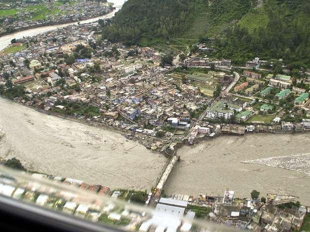 http://p1.trrsf.com/image/fget/cf/67/51/images.terra.com/2012/08/05/india1.jpg
