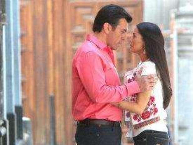 http://p1.trrsf.com/image/fget/cf/67/51/images.terra.com/2012/10/04/585b0a67-que-bonito-amor-promos-5p.jpg