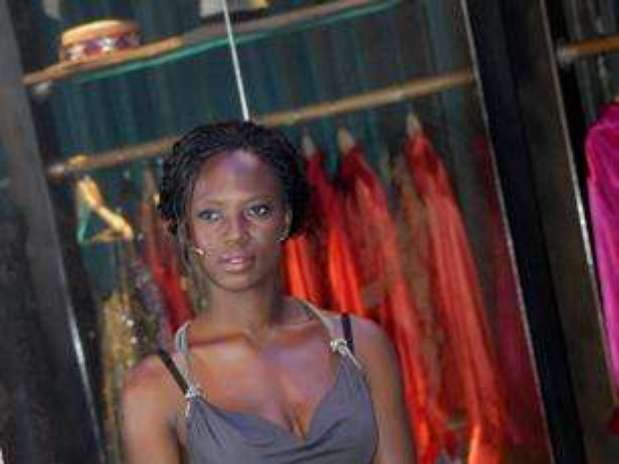 http://p1.trrsf.com/image/fget/cf/67/51/images.terra.com/2012/11/25/abigail-barwuah-16.jpg